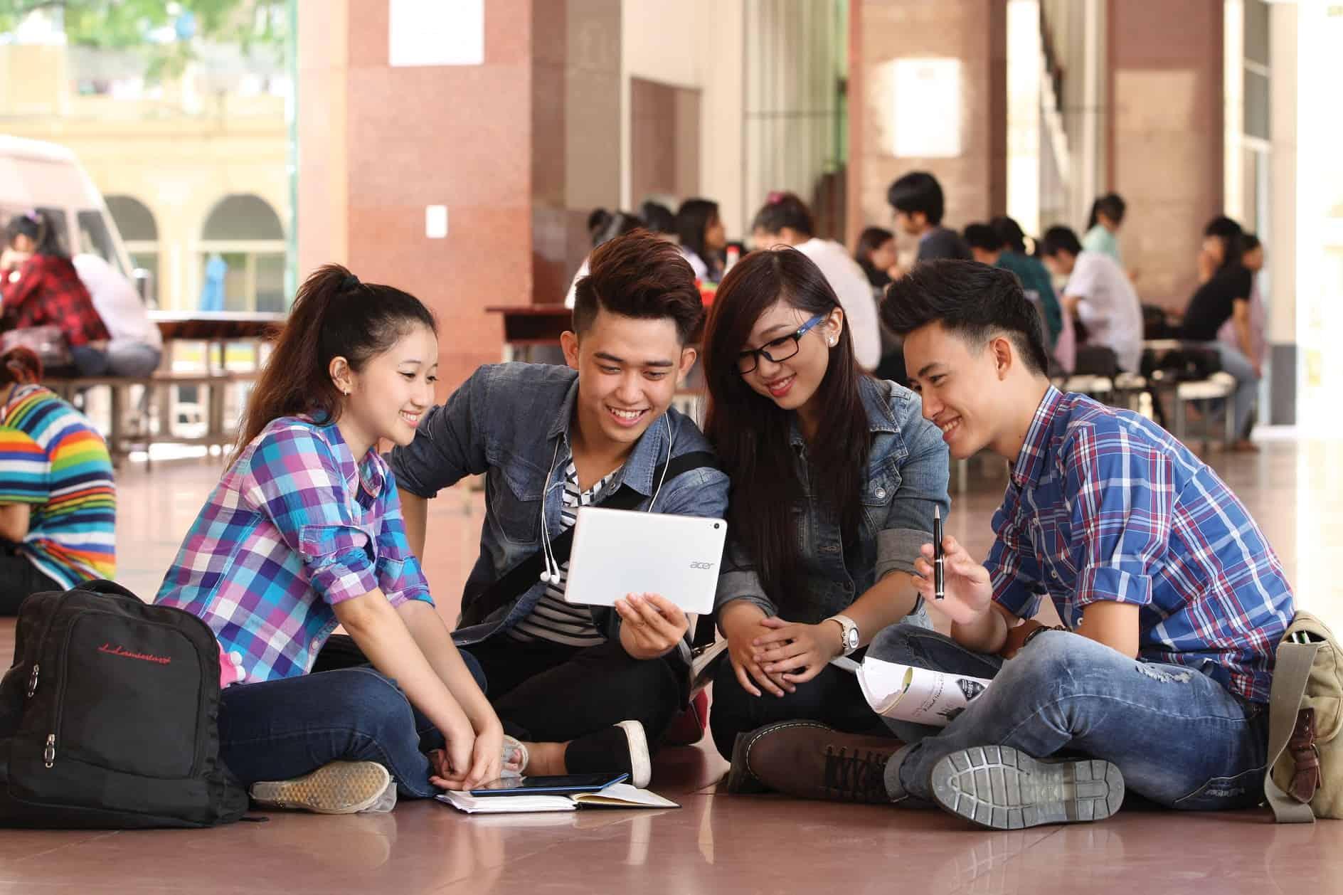 Việc làm thêm sinh viên tốt nhất: Tăng thu nhập, rèn kỹ năng
