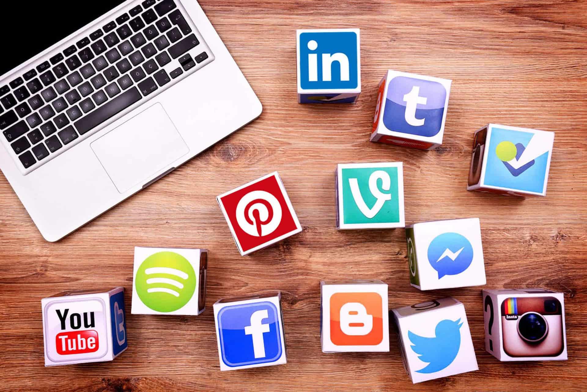 social-media-jobhop