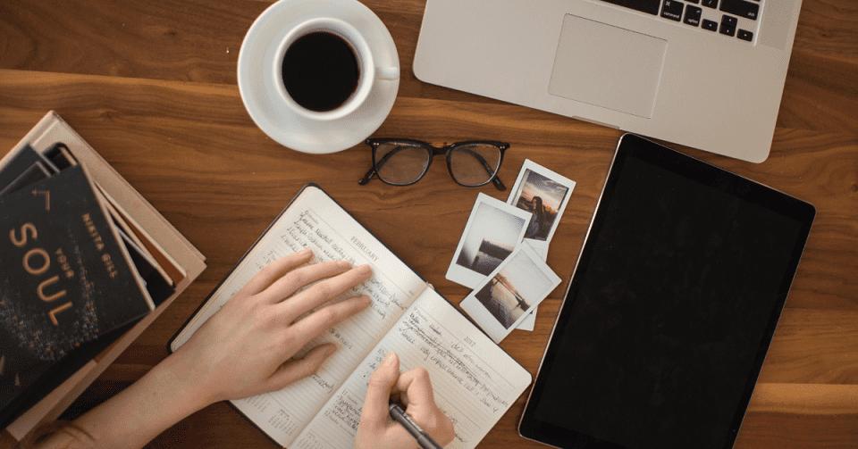 4 điều bạn nên làm để khắc phục tình trạng quá tải công việc